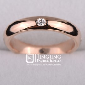 18k Rose Gold Plated Unisex 1.5mm Thick Wedding Band with Four pcs Round cz Synthetic Diamond (JingJing GA046A)